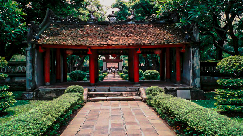 14 temple-of-literature-1